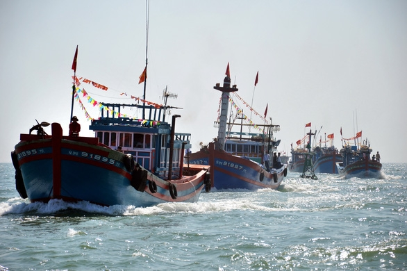 chinas illegal activities in the bien dong sea how is it dangerous and should be vigilant